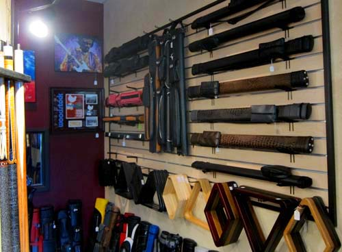 Choosing the best pool cue and accessories